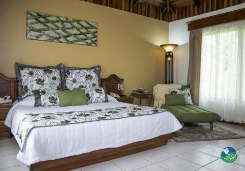 Arenal Paraiso Resort Bedroom