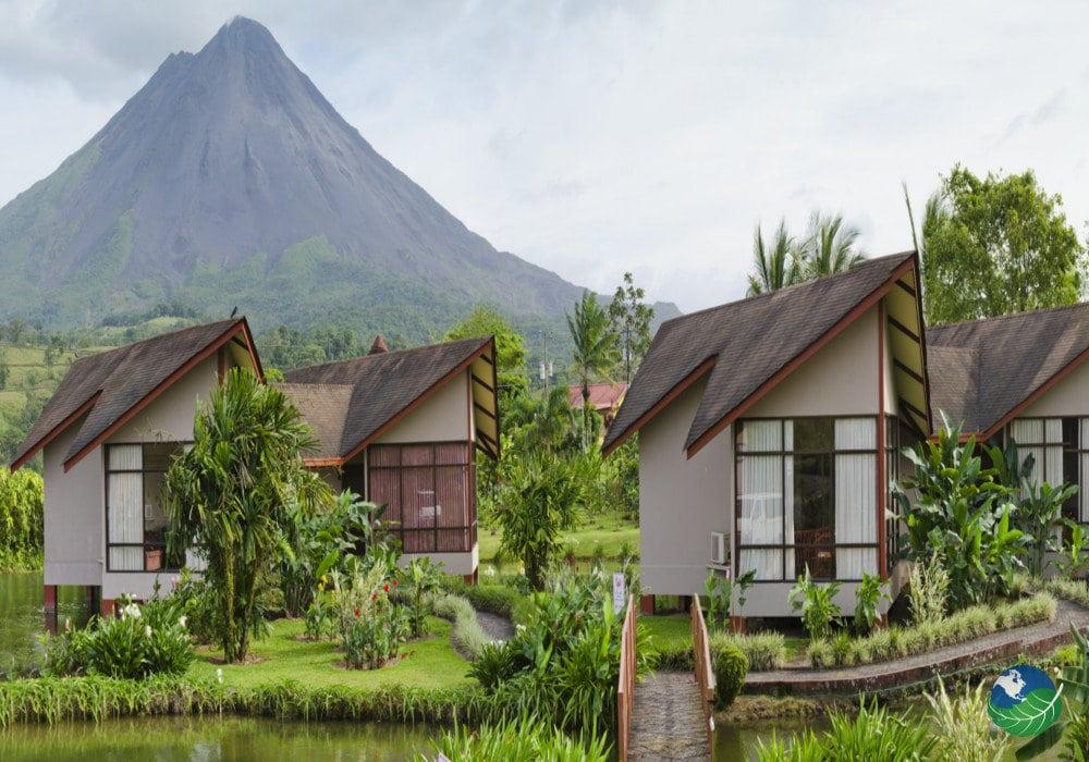 Montaña De Fuego Resort - Encanto rústico en Arenal, Costa Rica