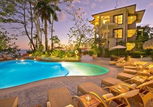 Arenas Del Mar Resort Pool