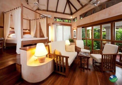Hotel Capitan Suizo Bedroom