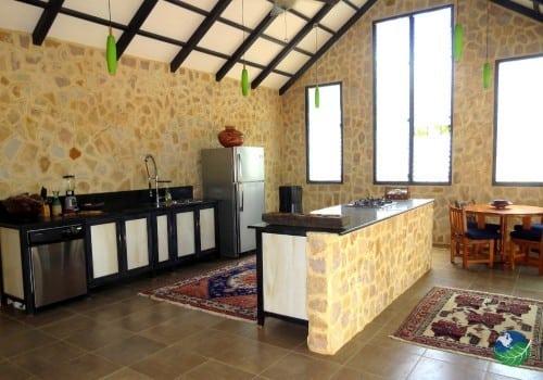 Hotel Tambor Tropical Kitchen