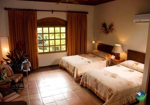 Hotel Villa del Sueno Bedroom