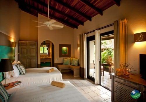 Hotel & Villas Cala Luna Bedroom