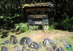 La-Amistad-Entrance