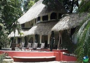 Las Nubes Resort Exterior