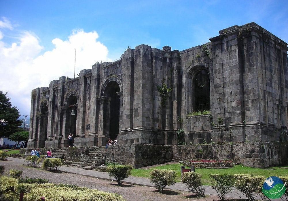 Orosi-Ruins