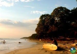 Playa-Santa-Teresa-Surfer