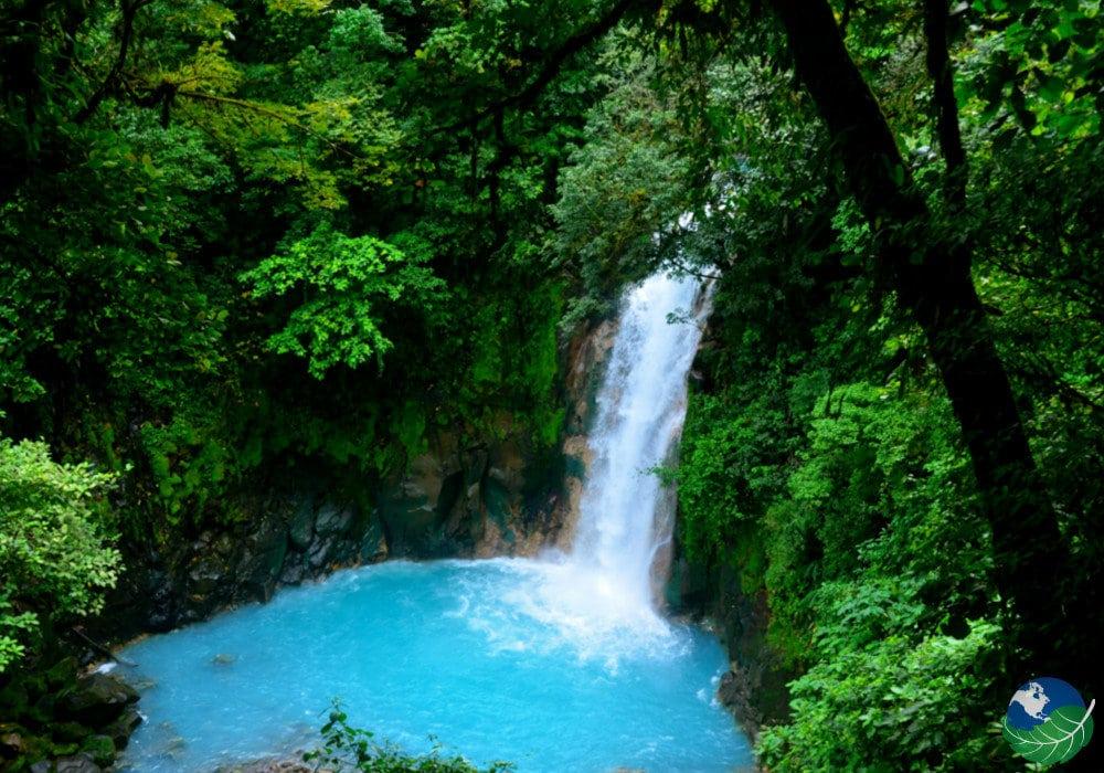 Rio Celeste Costa rica Blue Pool