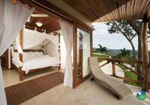 Tierra Magnifica Villas Bedroom & Balcony
