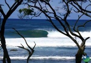 Playa-Negra-Guanacaste-Round-Wave