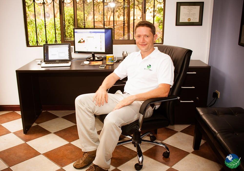 Jason Bateman - General Manager