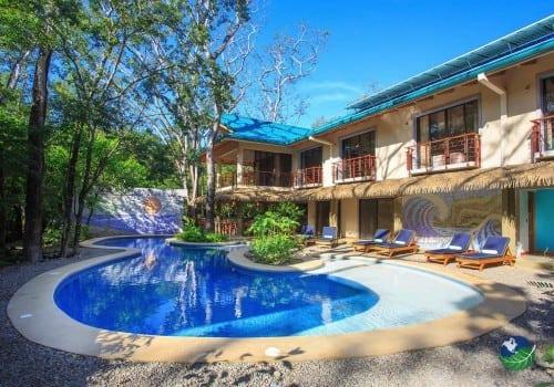 Olas Verdes Hotel Pool Area