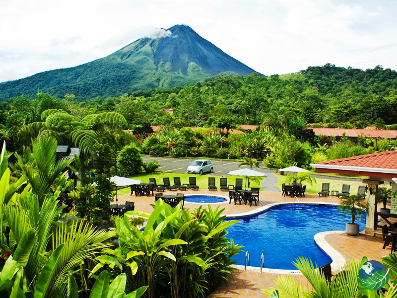 Arenal Volcano Lodge Pool view