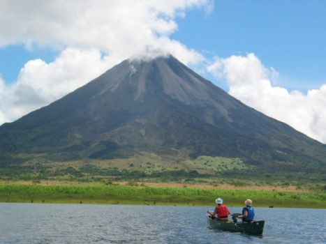 Lake Arenal Fishing y Volcán arenal