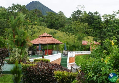 Green Lagoon Lodge outside