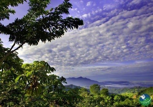 How big is Costa Rica, Forest and Clouds